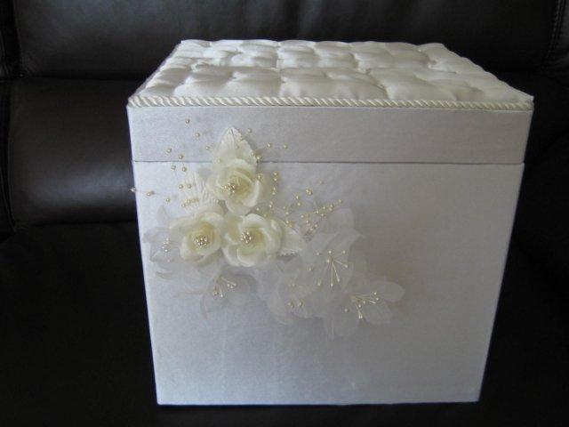 """Wedding Royale - svadobna krabica na blahozelania a obalky s """"tajomstvom"""""""