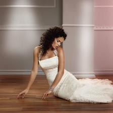 toto sú moje svadobné šaty zatial iba na modelke ale čoskoro pridám fotku kde budú už na mne