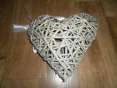 Ratanové závěsné srdce,