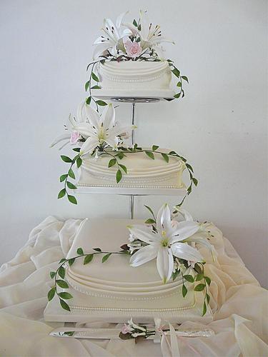 Purple Wedding Dreams..:o) - Alebo zeby bola svadba ladena do takychto kvietkov?