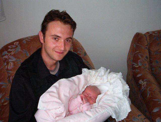 Slávka a Miško - Môj nastavájuci  Miško so svojou neterou