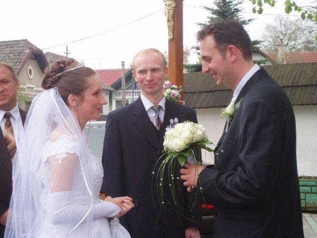 Slávka Babiaková{{_AND_}}Michal Málik - Tu s bratom aj s nastavajúcim