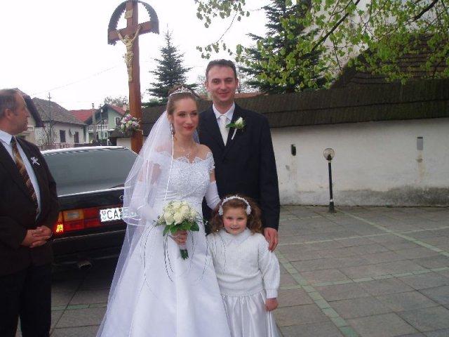 Slávka Babiaková{{_AND_}}Michal Málik - Foto s družičkou