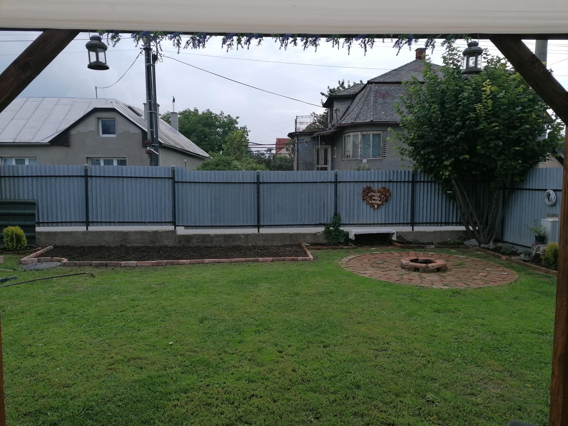 Postav dom, zasaď strom... Pomaličky si to zveladujeme, budúci rok si konečne zasadime stromy - Obrázok č. 2