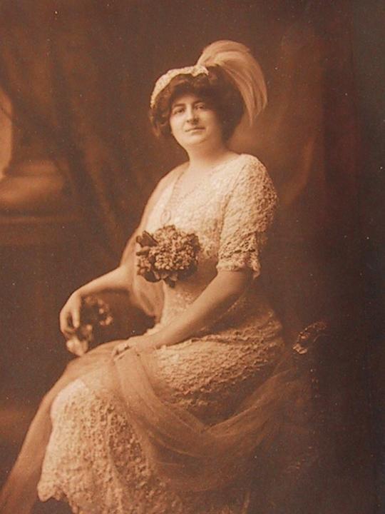 Nevesty 1910-1960 - Obrázok č. 43