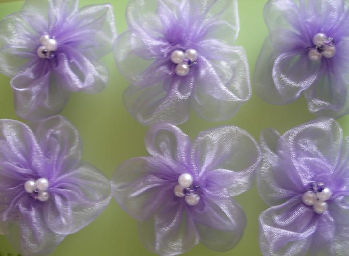 Dekoračné kvietky - 5-lupienové kvietky s 5 perličkami v strede