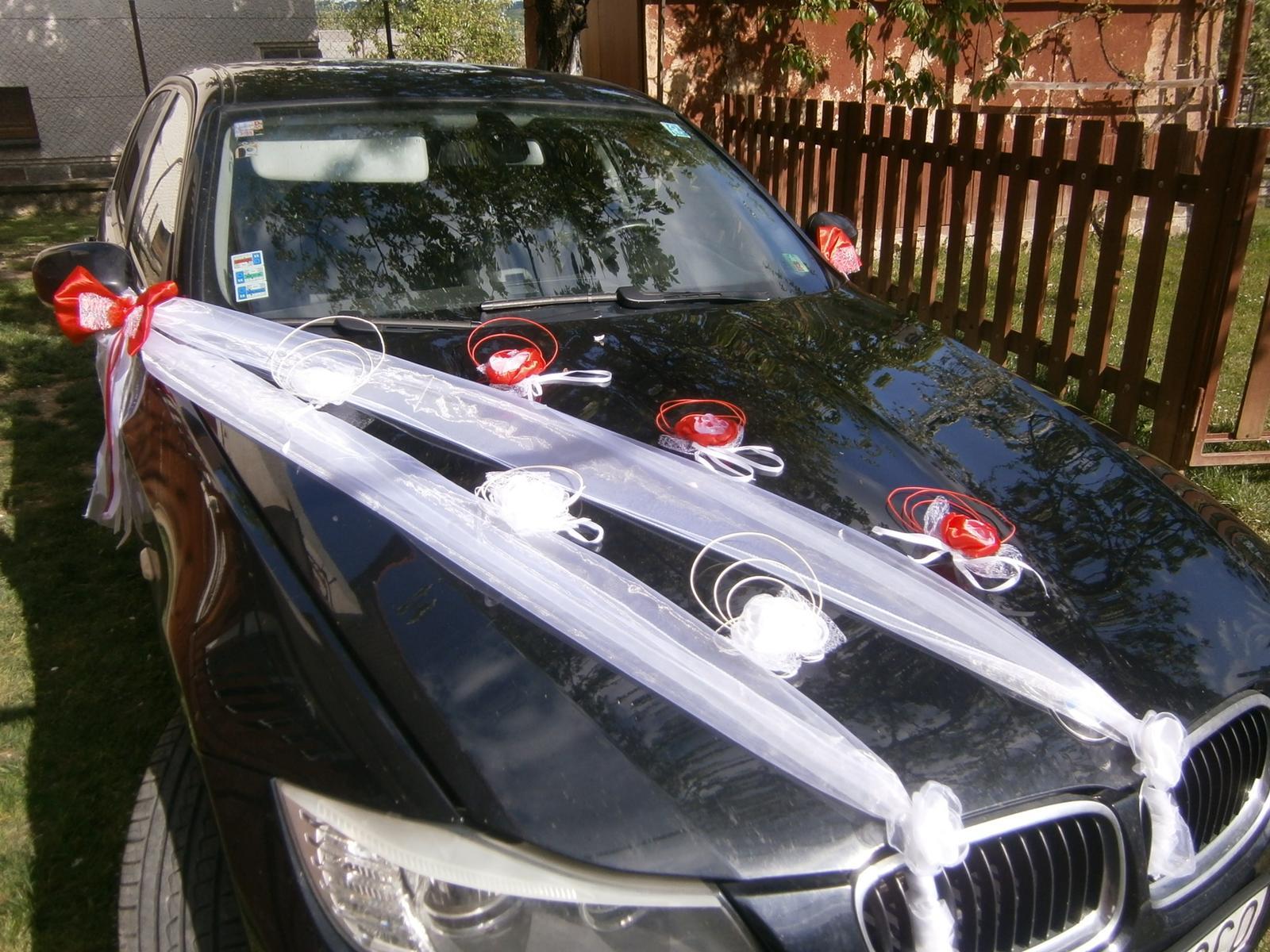 Červená výzdoba na svadobné auto z10ks - Obrázok č. 1