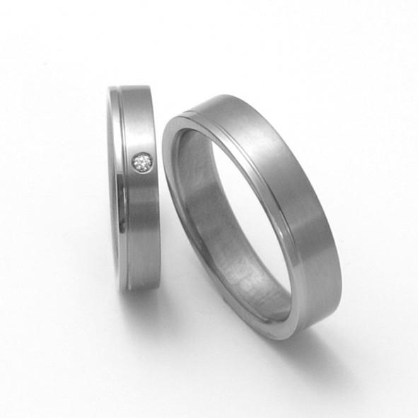 Inspirace Pro Moderni Pary Titanove Snubni Prsteny Jednoduche