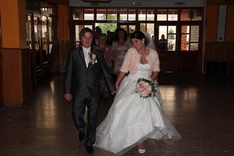 aaa ide sa svadbovať
