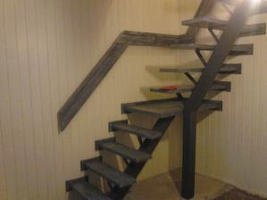 tak schody už namaľované