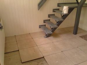 aaaa môj manžel kladie podlahu to bolo :)