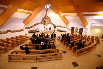 Náš kostol v plnej kráse.