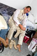Oblékání ženicha