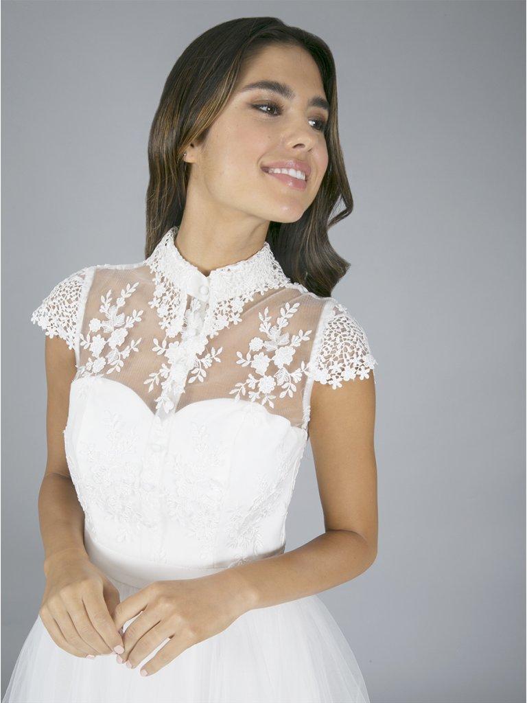 Krajkové šaty s tylovou sukní - Obrázek č. 4
