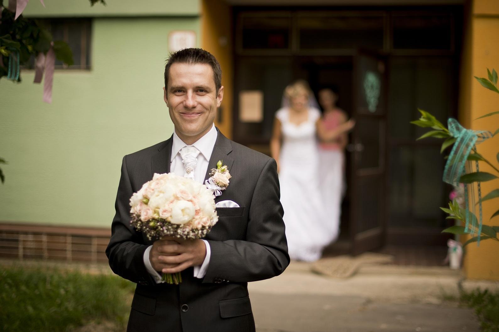 Miška{{_AND_}}Mirko - ....čakáme na nevestu...prvykrát ju uvidím :)
