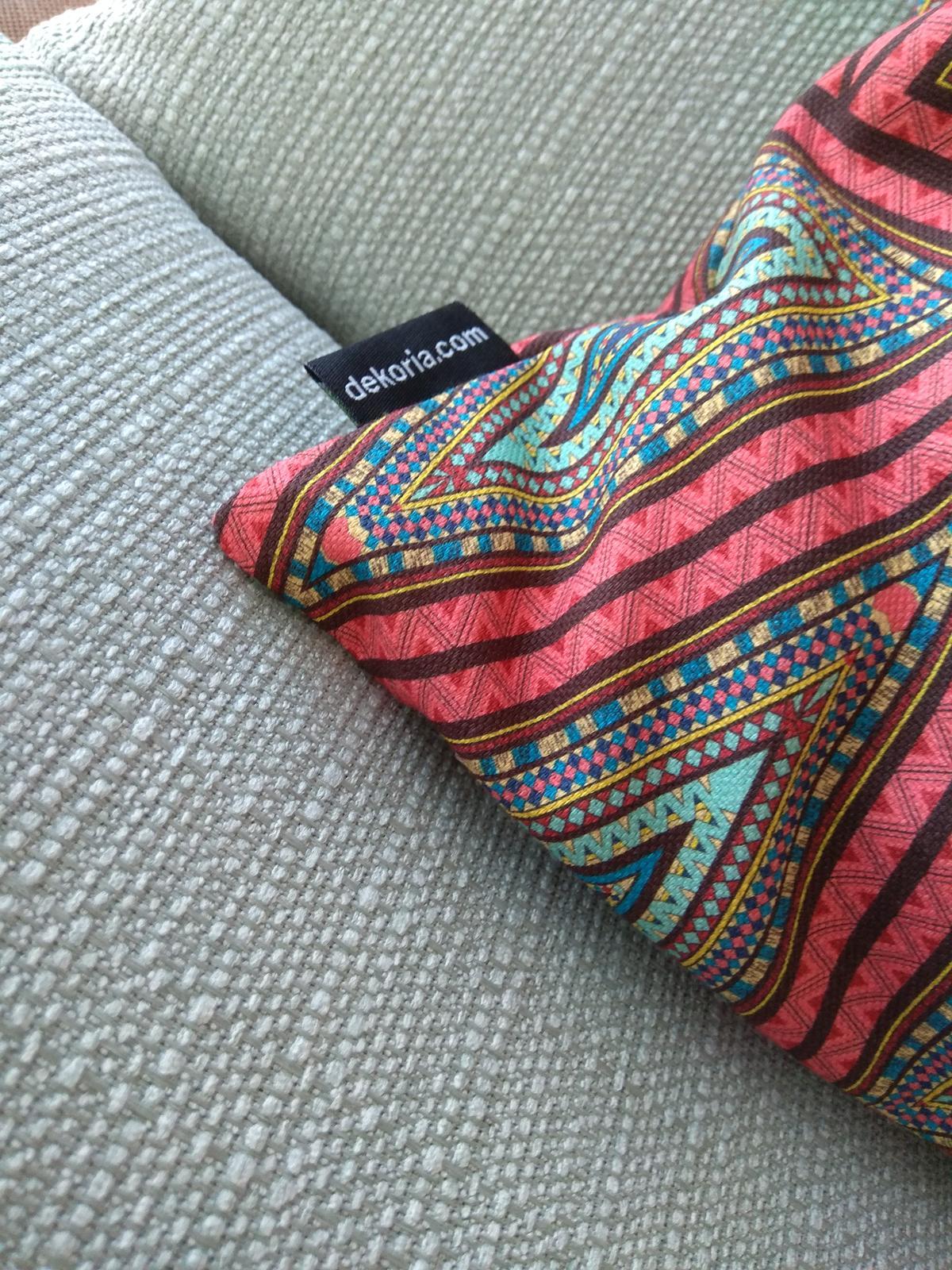 Keď sa skombinuje stálica v našich kolekciách kolekcia Granada a nová tkanina z kolekcie Comics❤️ - Obrázok č. 4
