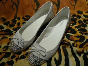 Moje svatební botííí, Deichmann