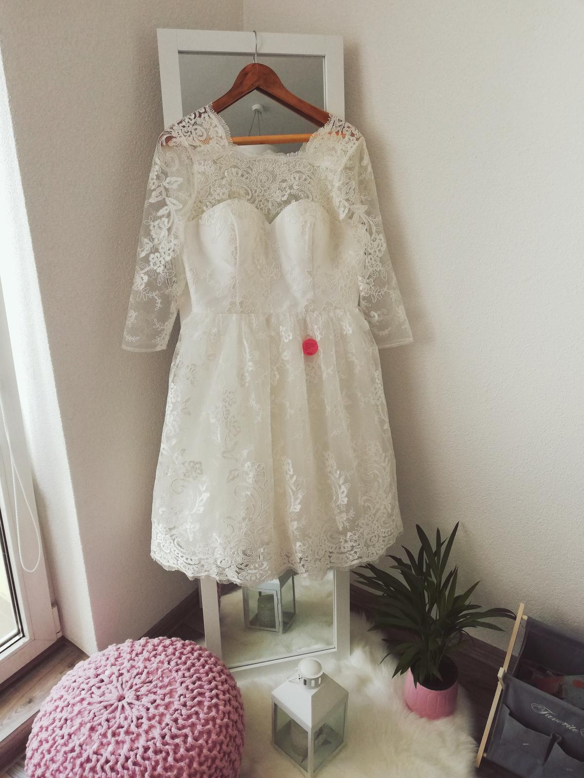 Vintage šaty  - Obrázok č. 1