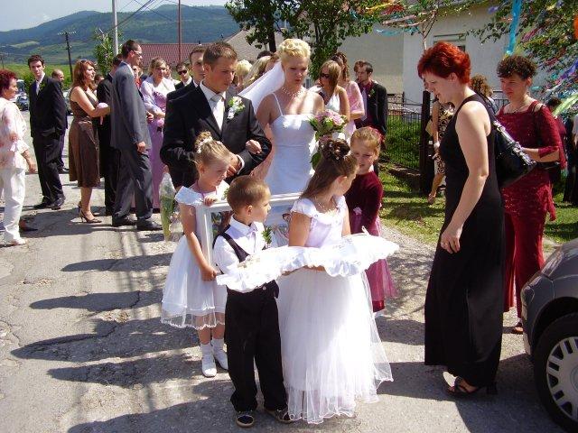 Mária Stašiková{{_AND_}}Miroslav Berthóty - cesta do kostola