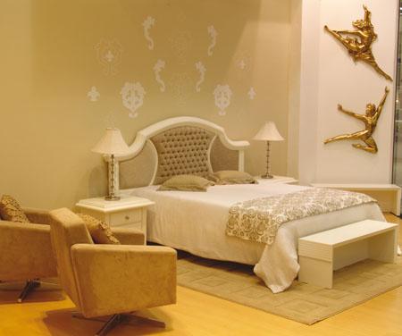 Zlatá v interiéru - Obrázek č. 5