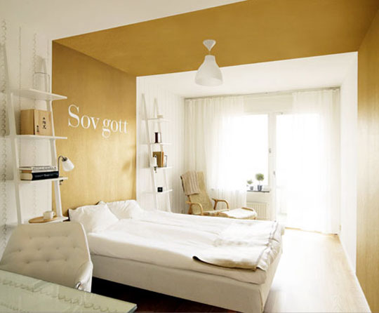 Zlatá v interiéru - Obrázek č. 2