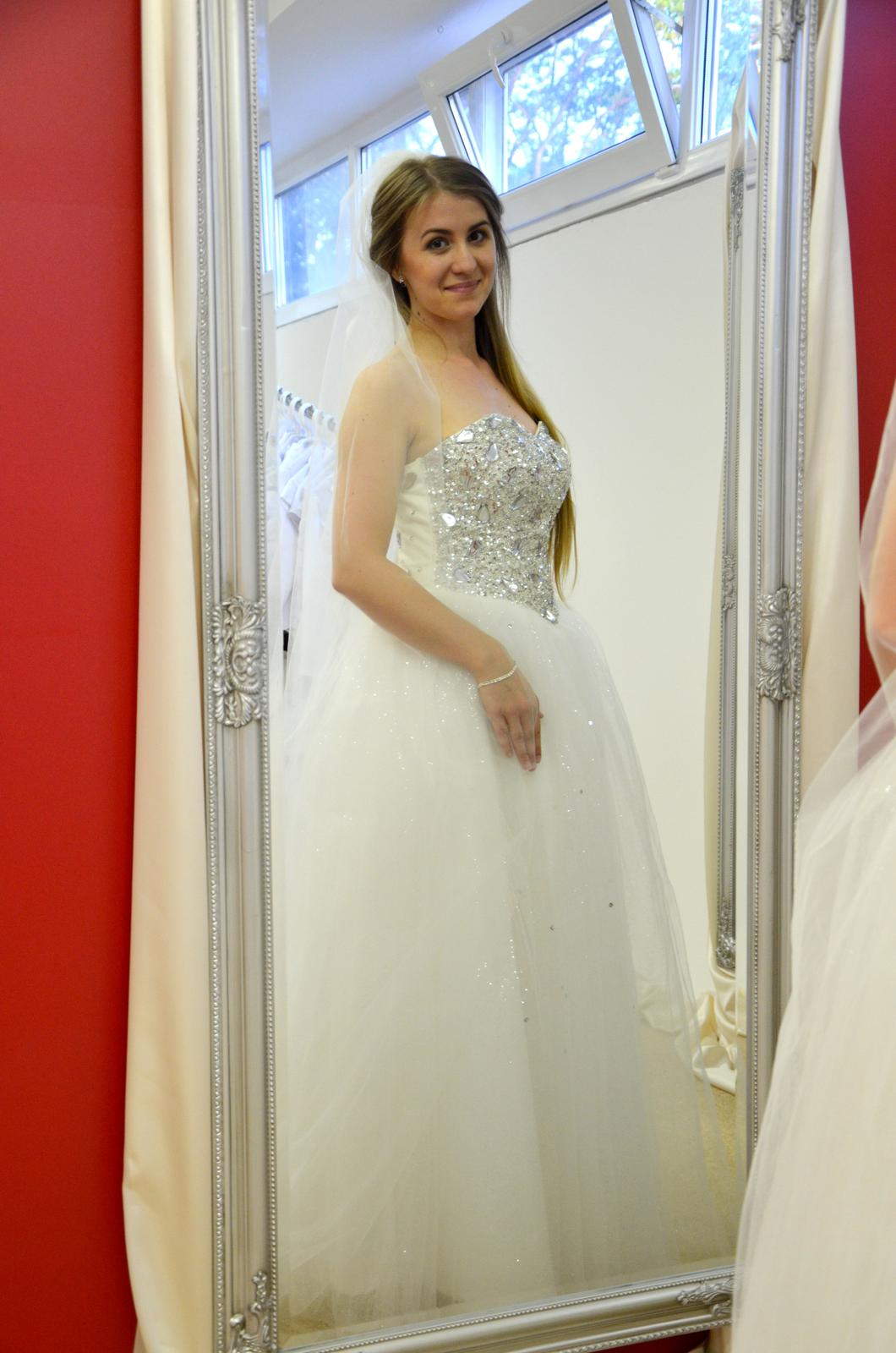 Krásne svadobné šaty 120€!!!! - Obrázok č. 1