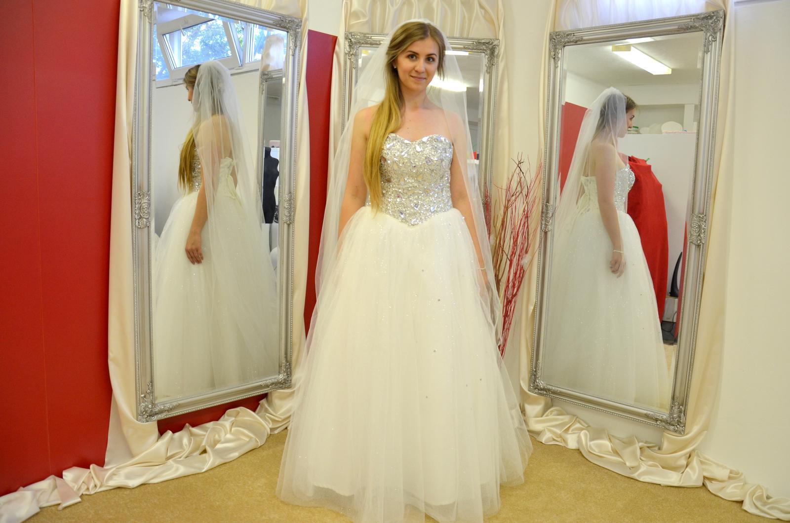 Krásne svadobné šaty 120€!!!! - Obrázok č. 2