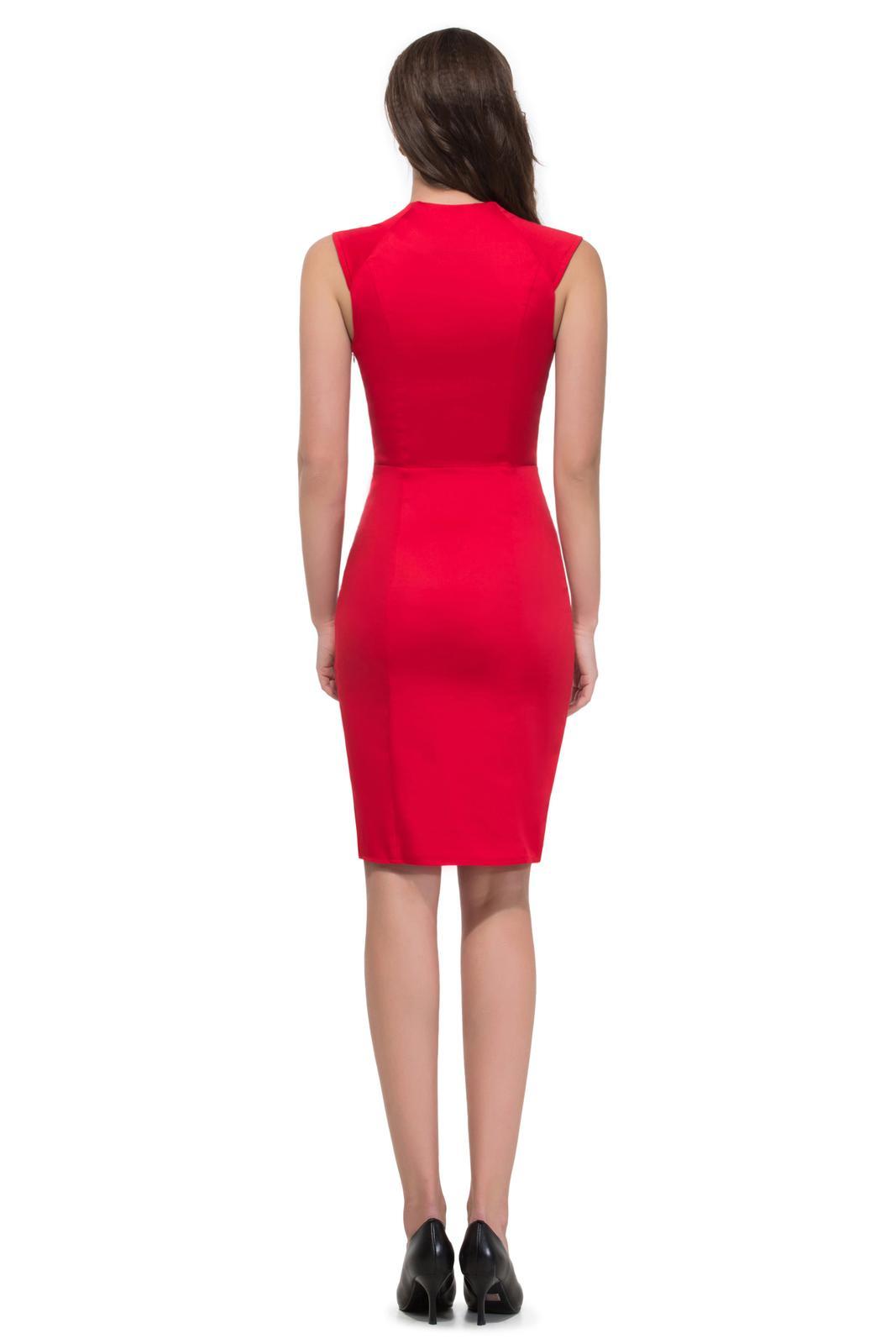 Retro šaty - Úzke červené retro šaty SKLADOM: http://salonevamaria.sk/index.php?id_category=27&controller=category NA OBJEDNÁVKU: http://salonevamaria.sk/index.php?id_category=10&controller=category