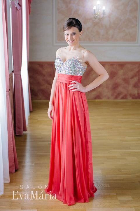 58ace14f4065 Spoločenské šaty na prenájom Hlohovec