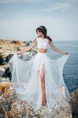 Dvojdielne jemne rafinované svadobné šaty , 34