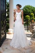 Luxusné vypasované čipkované svadobné šaty , 34