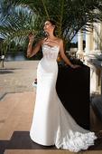 Kúzelné svadobné šaty s čipkovanou vlečkou , 38