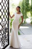 Decentné priliehavé svadobné šaty , 40