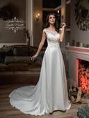 Elegantné svadobné šaty so saténovou sukňou, 38
