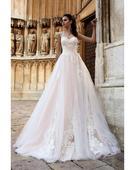 Skvostné svadobné šaty s nádhernou čipkou, 34