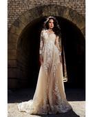 Divokrásne svadobné šaty s prekrásnou aplikáciou, 38