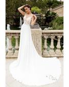 Luxusné svadobné šaty s dlhou vlečkou, 36