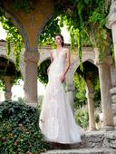 Krajkované svadobné šaty s tylovou sukňou, 38