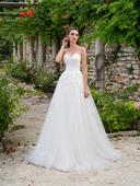 Rozprávkové svadobné šaty so širokou sukňou, 38