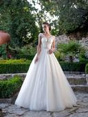 Prenádherné svadobné šaty s tylovou sukňou, 40