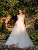 Čarovné svadobné šaty s lesklou tylovou sukňou, 36