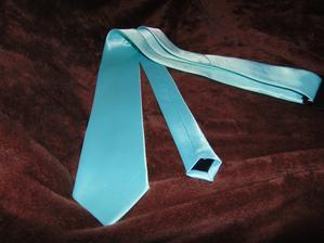 kravata (od anyesss)  ve skutečnosti barva mint