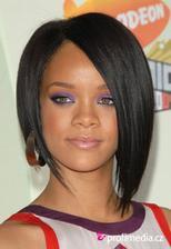 Rihanna...ostrihat?