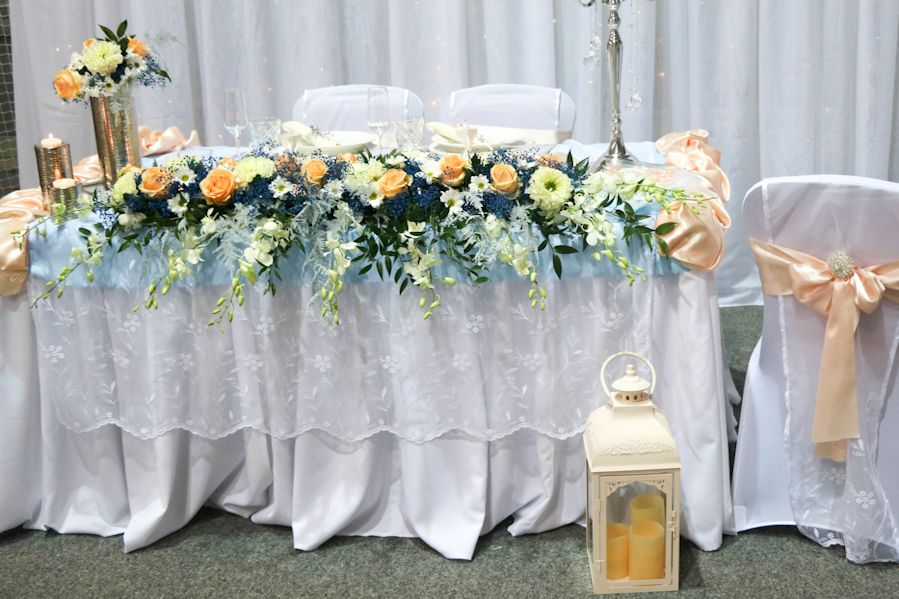 čipkovaná drapéria na predný stôl - Obrázok č. 1