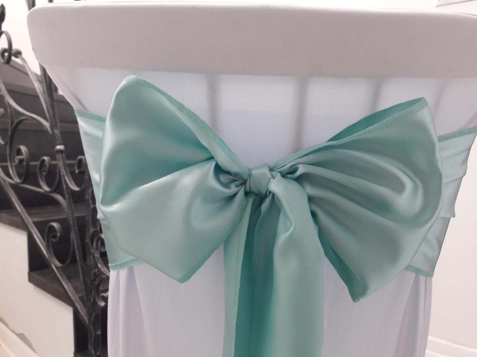 Saténové mašle na stoličky. Mätová zelená farba - Obrázok č. 2
