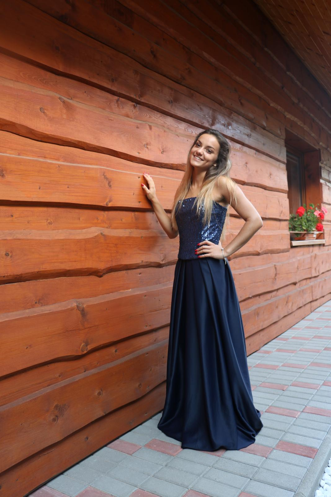 Luxusné spoločenské šaty Tmavomodré  - Obrázok č. 3
