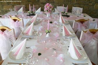 Svatba bude laděná do růžova :-)