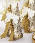 Zlato-bílé krabičky,