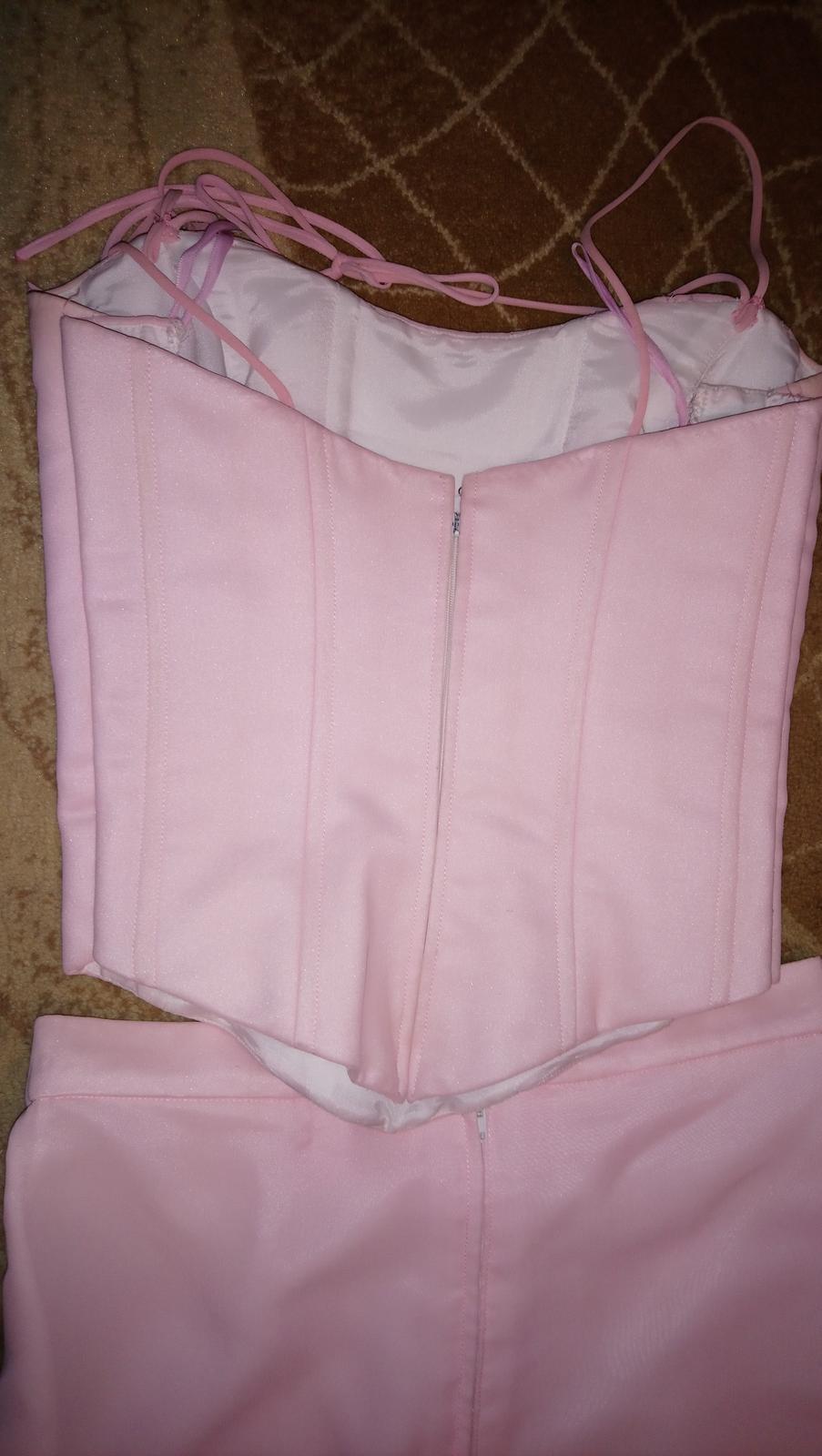 Ružové šifónové šaty - Obrázok č. 4