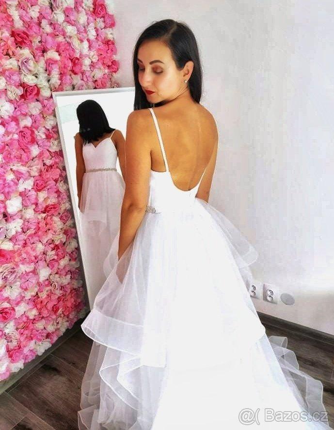 Jedinečné svatební šaty v boho stylu - Obrázek č. 1